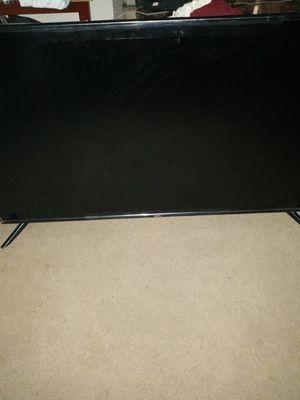 Onn 65inch Samsung 55inc smart TV for Sale in Detroit, MI