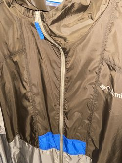 Men's Columbia Wind Breaker Size Large for Sale in Tampa,  FL