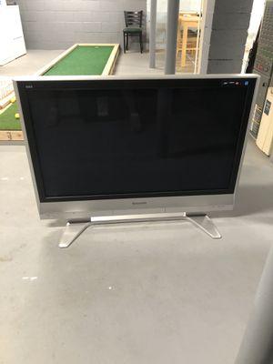 42 inch Panasonic tv for Sale in Comstock Park, MI