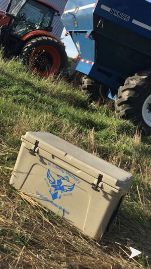 YETI 75 for Sale in Farmville, VA