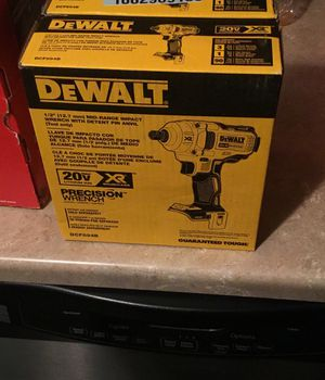 Dewalt mid impact wrench for Sale in Cleveland, OH