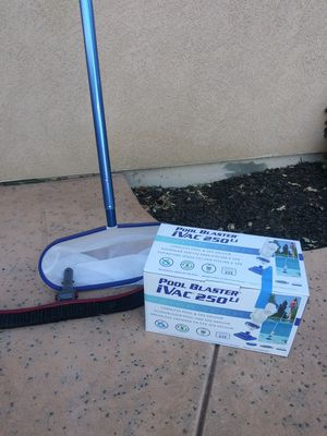 Pool vac and net and pole for Sale in Antioch, CA