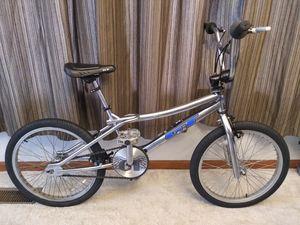 1998 GT PRO PERFORMER BMX Bike! for Sale in Sugar Grove, IL