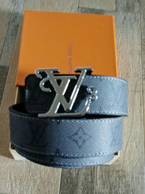 2020 Louis Vuitton belt for Sale in Greenbelt, MD