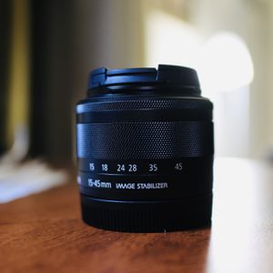 canon EF-M 15-45mm Lens for Sale in San Jose, CA