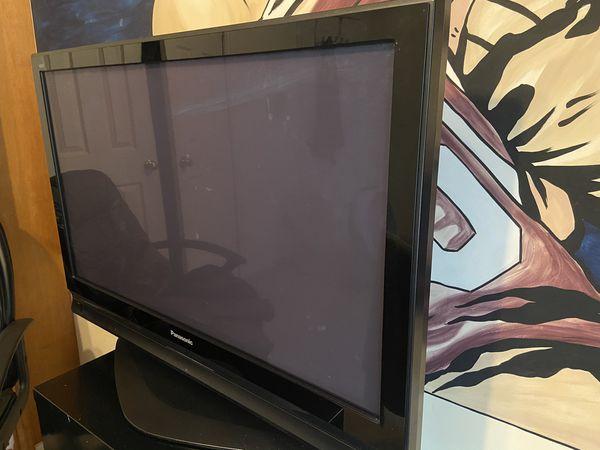 """45"""" Panasonic flat screen tv"""