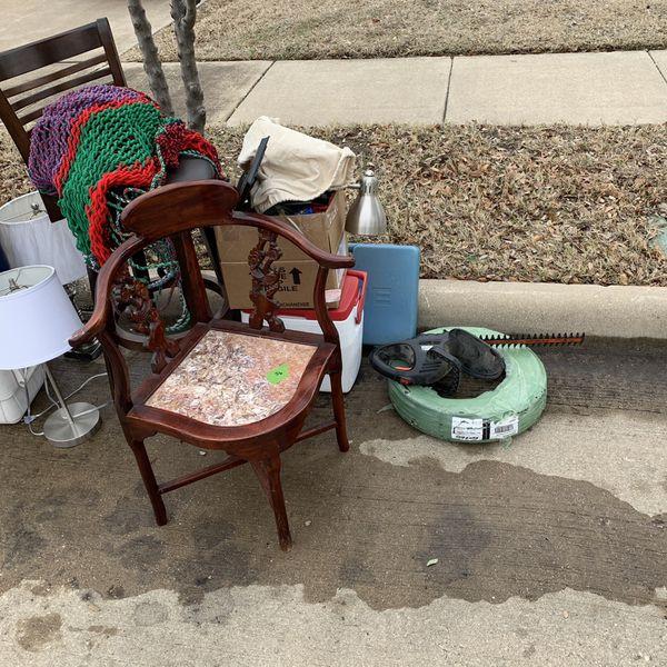 Free Stuff On The Curb