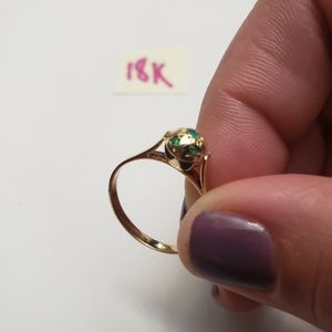 18K Solid Gold Ring with Esmeralda Stones for Sale in Hialeah, FL