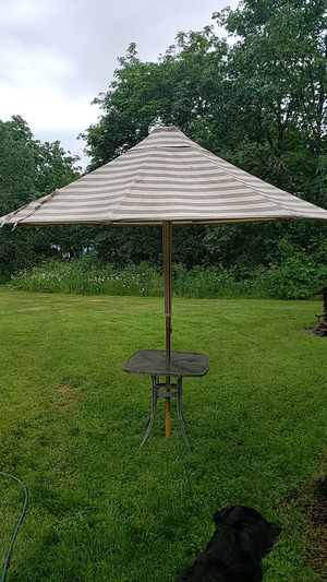 Patio umbrella wood post & frame for Sale in Eagle Creek, OR