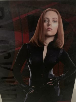 Hot toys sideshow avengers captain America the winter soldier black widow for Sale in Los Angeles, CA