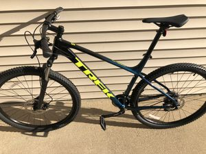 BRAND NEW TREK MARLIN 5 2021 BIKE XL tires 29 for Sale in Des Plaines, IL