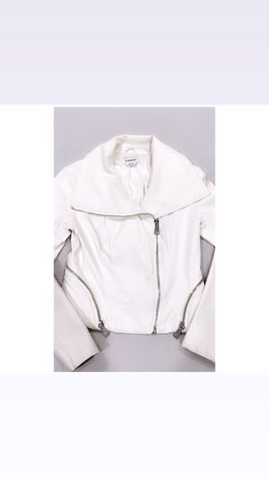 BEBE CHIC CLASSIC OFF-WHITE MOTO JACKET! Excellent condition! Size:S for Sale in Los Angeles, CA