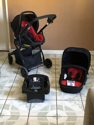 BRAND NEW URBINI OMNI PLUS TRAVEL SYSTEM STROLLER CAR SEAT AND BASSINET 3 in 1 for Sale in Riverside, CA