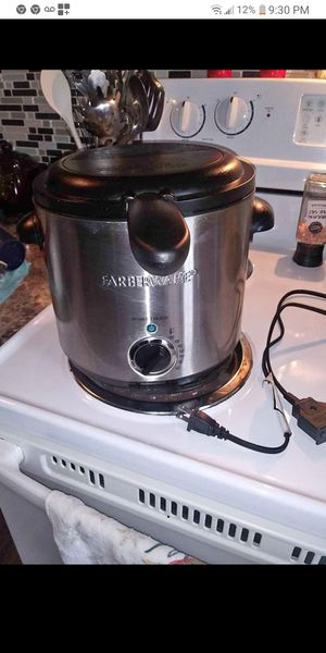 Deep fryer and so good i usd 2 time for Sale in St. Louis, MO