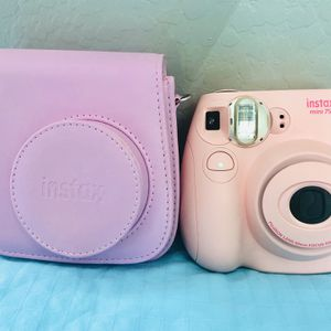 INSTAX 7s Camera With Case. for Sale in Mesa, AZ