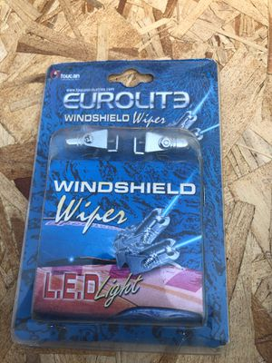 Led light and windshield washer lights for Sale in Whittier, CA