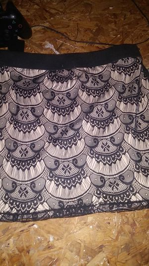 Black and tan skirt for Sale in Angier, NC