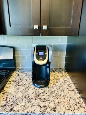 Great Keurig 2.0 Coffee Maker (Original Price: $170!!) for Sale in Layton, UT