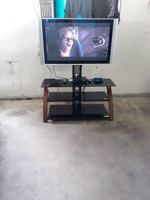Tv and tv stand for Sale in Chilton, WI