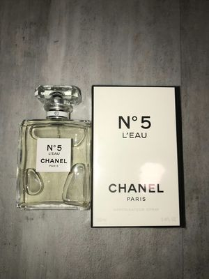 No5 chanel perfume for Sale in Anaheim, CA