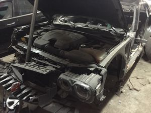 For parts 2015 Dodge Challenger parting out oem part partes for Sale in Miami, FL