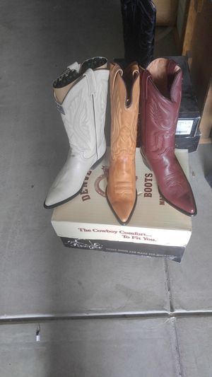 Bota vaquera for Sale in Perris, CA