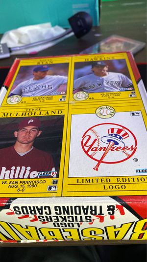 Fleer 91 baseballs logo sticker in trading card pack for Sale in Langhorne, PA