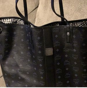 MCM tote/purse bag black for Sale in Baltimore, MD