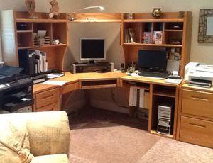 Like new wooden office desk. for Sale in Draper, UT