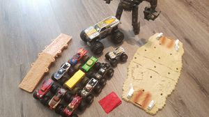 Monster jam trucks truck super hero collection and Max D + arena for Sale in Seminole, FL