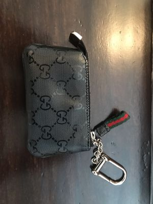 Gucci coin bag for Sale in Huntersville, NC