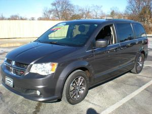2017 Dodge Grand Caravan for Sale in Sharon Hill, PA