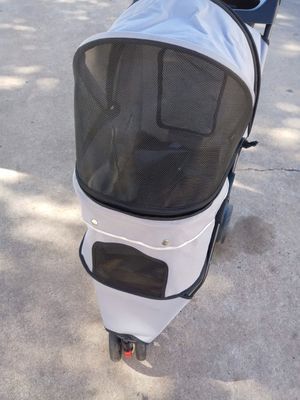 Dog stroller for 40$ brand new open box never used for Sale in Katy, TX