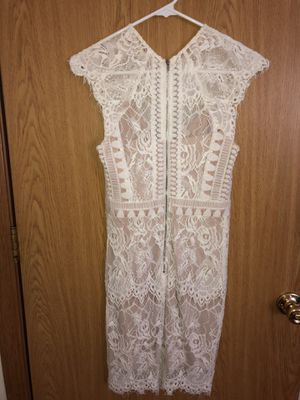 AKIRA WHITE DRESS SIZE SMALL for Sale in Mundelein, IL