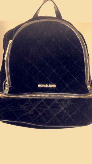 Michael Kors black backpack/handbag! So cute! Great condition!! for Sale in Tampa, FL