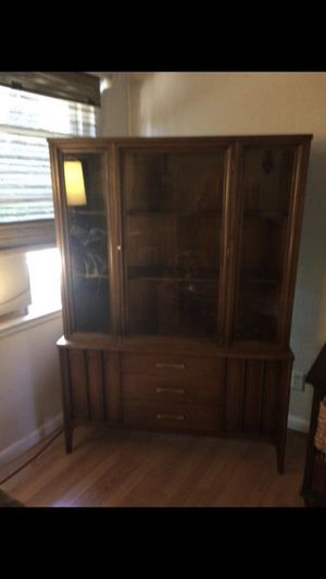 Vintage mid century modern China Cabinet for Sale in Fresno, CA