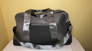 NEW duffle gray bag/bolso gris for Sale in Cicero, IL