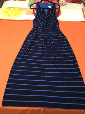 LIZ CLAIBORNE SIZE LARGE DRESS . Good conditions used once for Sale in Addison, IL