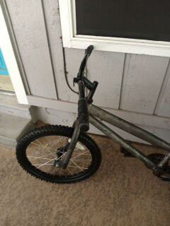 "20"" bike with new handle grips for Sale in Austin, TX"