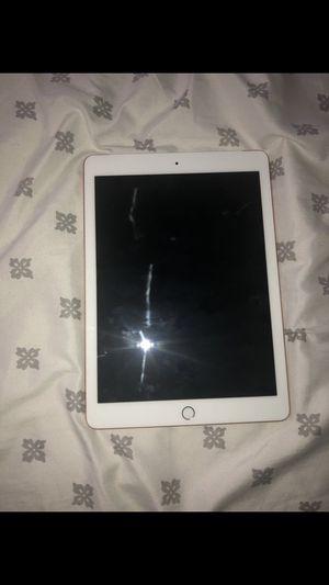 iPad 6th gen for Sale in Philadelphia, PA