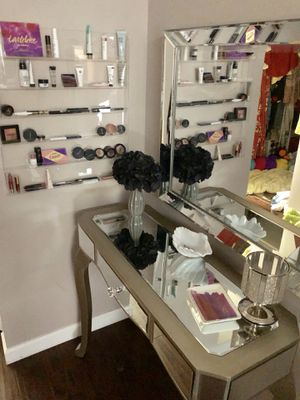 Makeup Vanity for Sale in Clearwater, FL
