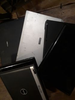 9 laptops 2 or 3 work the rest are all the parts on a broken screen some down mostly they're cheap for Sale in Portland,  OR