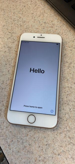 iPhone 8 256GB AT&T/Cricket for Sale in Lakewood, CO