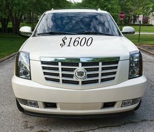 🍀I sell👍my🆕family🍀Suv $1,600🍀2008 Cadillac🍀 for Sale in Oakland Park, FL
