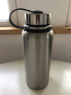 Stainless steel vacuum water bottle for Sale in Brick Township, NJ