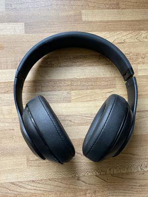 Beats studio3 wireless headphones for Sale in Roseville, CA