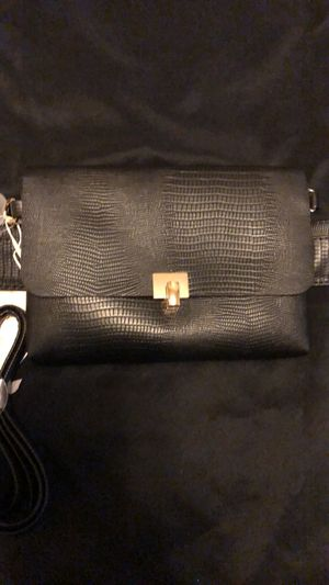 Black & Gold Crossbody and Waist bag for Sale in Boston, MA
