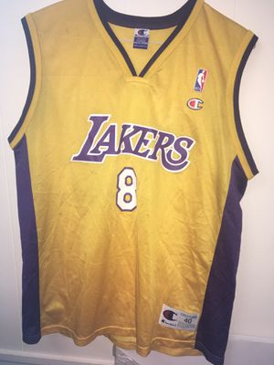 Kobe Lakers Jersey Champion Vintage Lebron for Sale in Hyattsville, MD