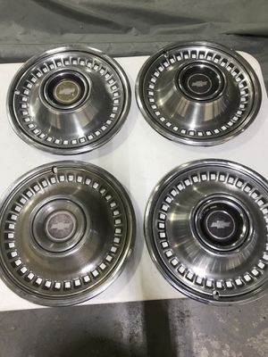 1971 CHEVROLET CAPRICE IMPALA HUBCAPS 71 DONK for Sale in Hialeah, FL