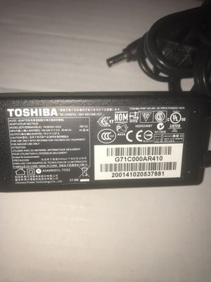 Toshiba notebook charger model:PA3822U-1ACA for Sale in Nashville, TN